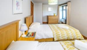 Granary Cottage twin room